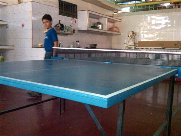 Amazing ... Jimmyu0027s Home Made Table Tennis Table ...